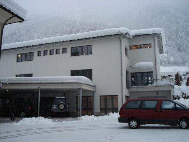 Hätzingen neues Schulhaus